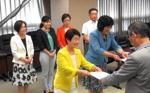 【動画】教室にエアコンを 新婦人が仙台市に要請
