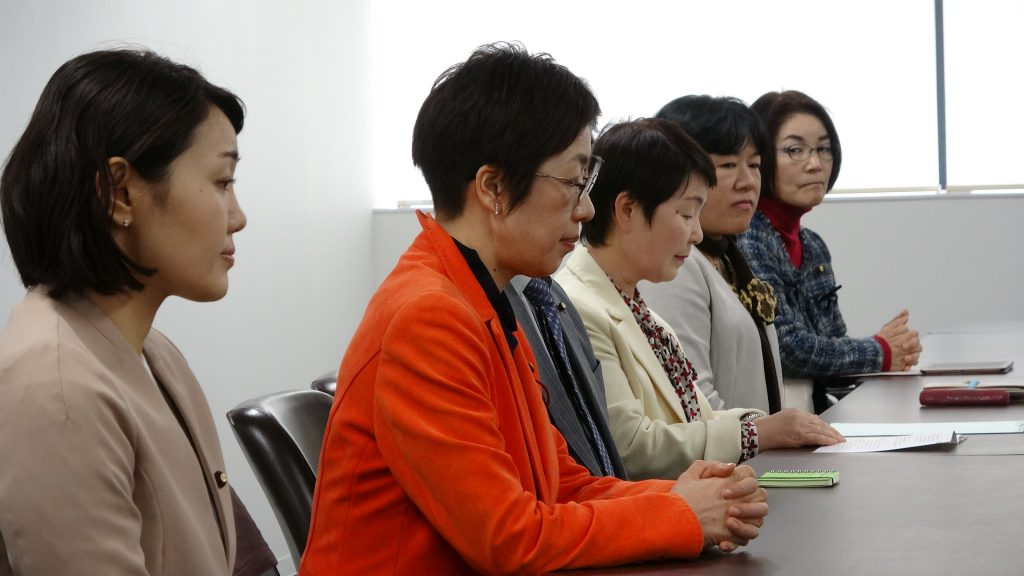 【動画】教職員政策を教育長へ紹介