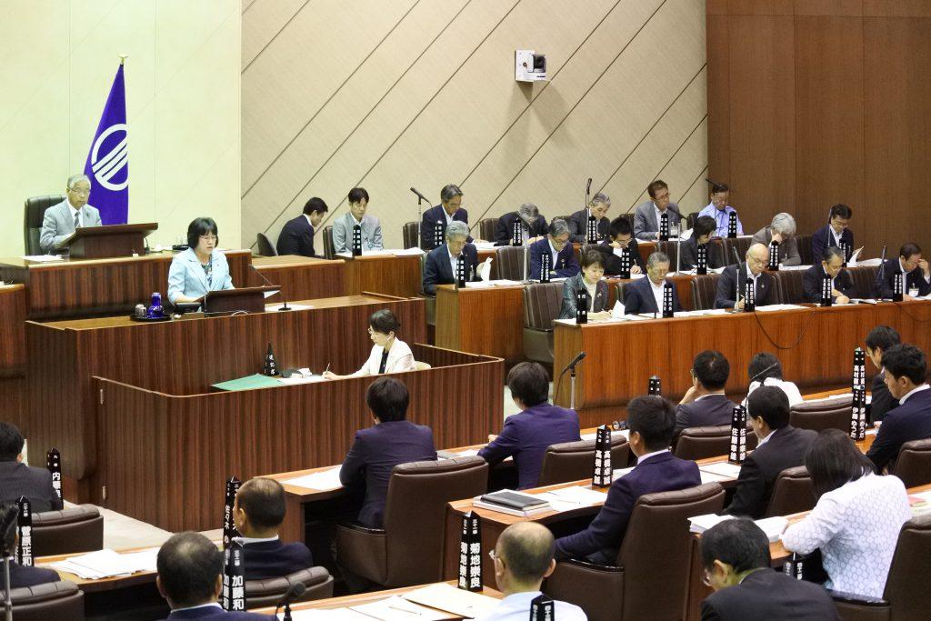 保育所の副食費無償化を ふるくぼ和子議員・代表質疑から