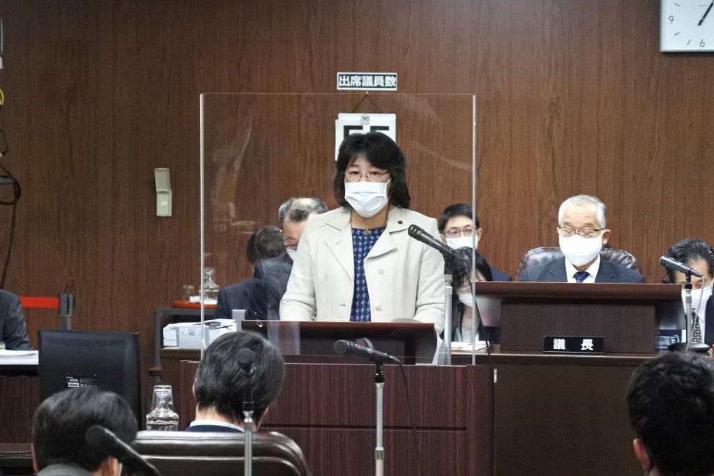 市議団ニュース速報 ふるくぼ和子議員の代表質疑