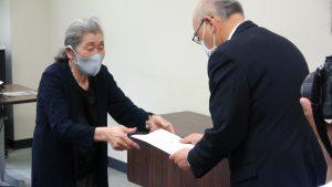 【動画】加齢による難聴 補聴器購入に助成を 市民が仙台市に署名提出(1次分) 6月2日